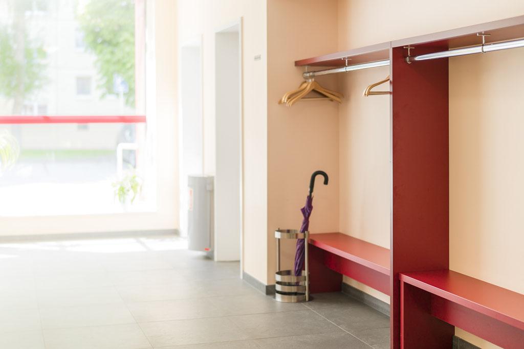 tischler hautec berlin. Black Bedroom Furniture Sets. Home Design Ideas